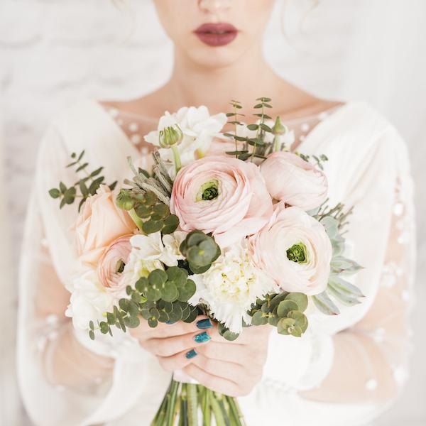 Uso reciclado para tu ramo de novia - Blog Bodasconestilo